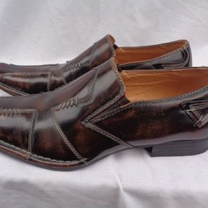 Tour Classic Casual Brown